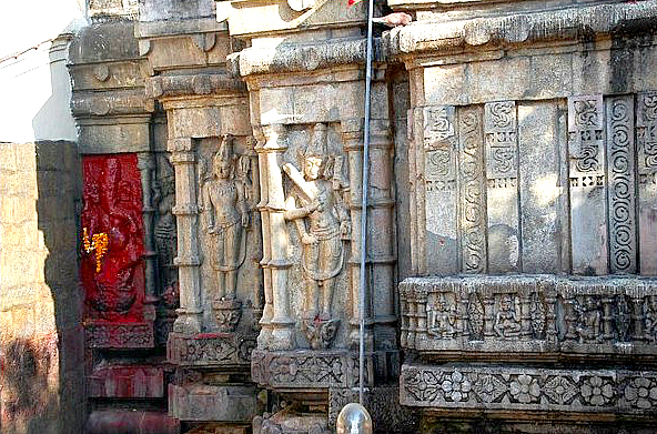 kamakhya-temple-images-photos-511a1f1ae4b015f836876c36 (1)