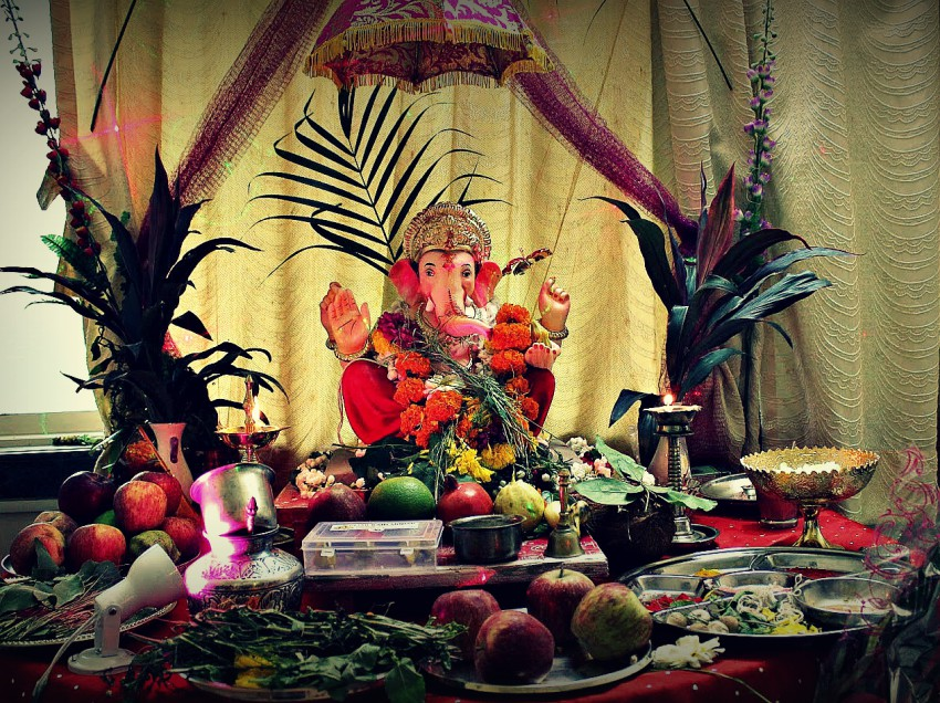 How To Perform The Ganesh Chaturti Puja