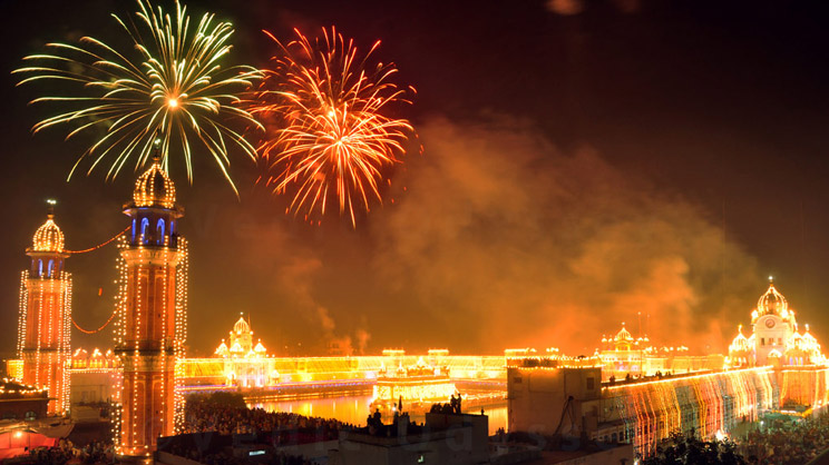 an introduction to the history of diwali or the festive of light Diwali is one the most important festival of hindus it is celebrated with great enthusiasm throughout the length and breadth of india it is a festival of lights it is a festival of lights it falls on the amavasya of the month of kartik every year by hindu calendar and in the last week of october or in the starting days of november by english.