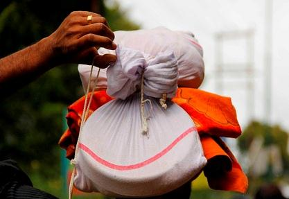 Why do Devotees carry irumudi to Sabarimala? What are the contents of Irumudi?