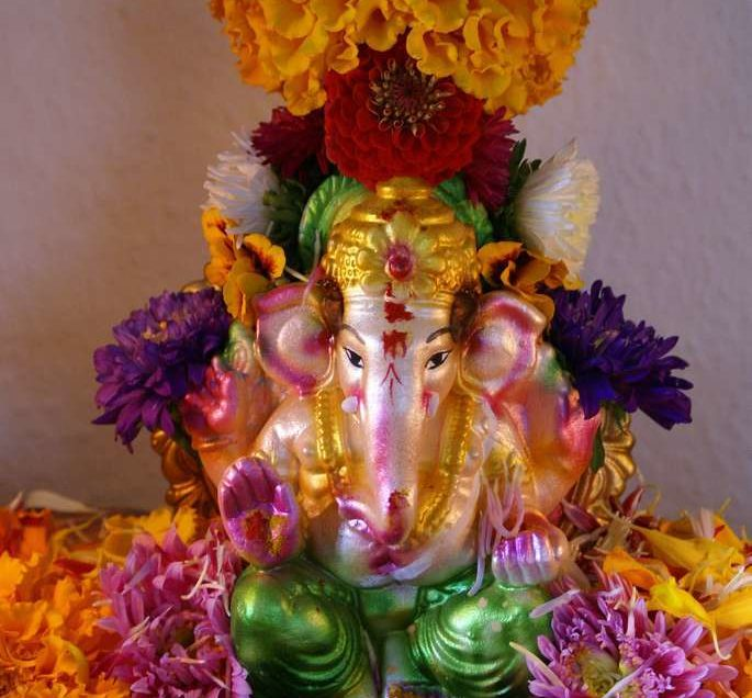 How to perform Ganesha pooja at home