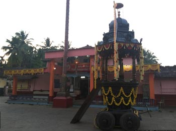 Kadiyali Mahishamardhini Temple