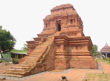 Gunung Gangsir Temple