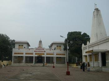 Hanuman Niketan Temple